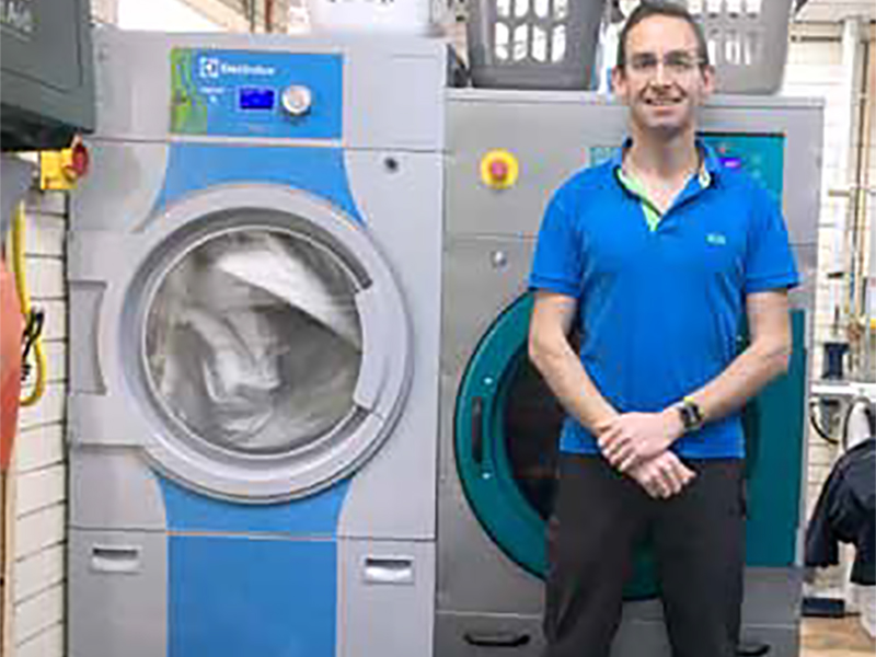Die-hard dry cleaner converts to wet cleaning