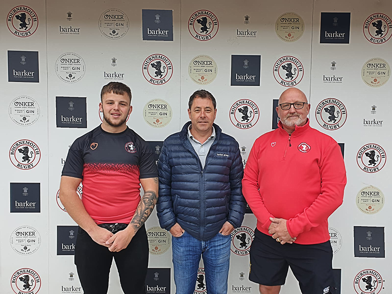Barker supports Rugby Club